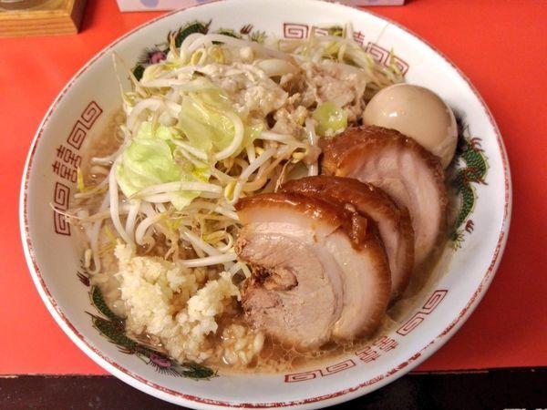 「29の日限定 背脂豚バラ麺」@赤ひげラーメン 那覇松山店の写真