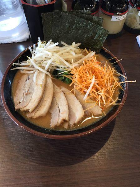 「味噌豚骨チャーシュー麺」@横浜家系ラーメン やまふじ家 野田店の写真