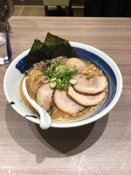 「特製鶏白湯(黒)」@麺者 雄の写真