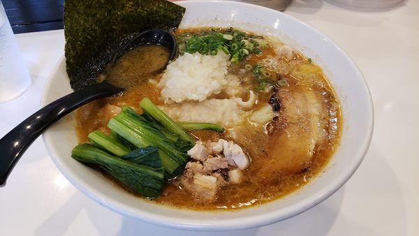 「ワンタン海老そば 950円」@海老・特濃煮干そば まるはの写真