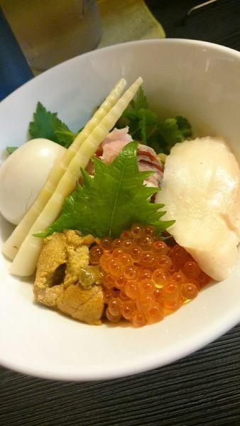 「北海道産生ウニ・イクラのまぜそば 980円」@麺匠えにしの写真