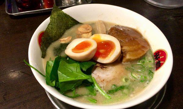 「熟成光麺全部のせ」@光麺 原宿店の写真