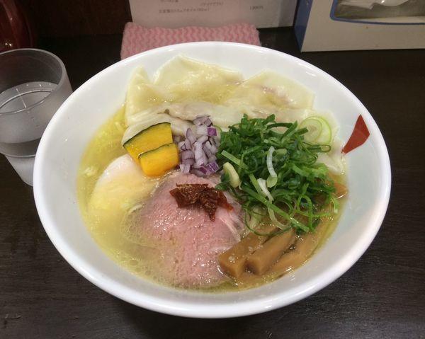 「コク塩大盛 ワンタン 1,080円」@麺や 魁星の写真
