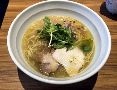 「淡麗ノーマル(780円)」@鶏そば・骨付き鶏 金嶋の写真