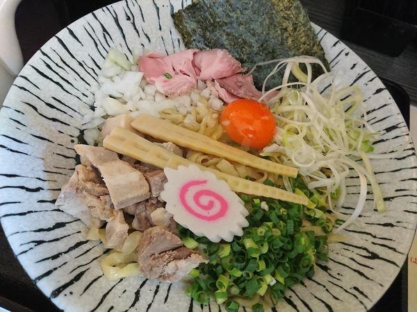 「濃厚玉子と比内地鶏の油そば」@麺匠えにしの写真