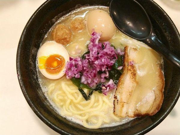 「鶏塩らーめん(濃厚)+味玉」@らーめん 司の写真