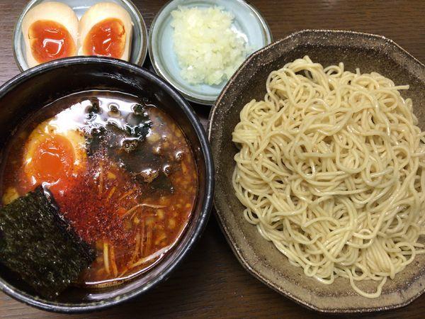 「激辛つけ麺700円+味玉100円+タマネギ50円」@一陽来福の写真