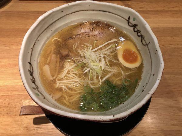 「煮干し香るらぁ麺」@麺匠 たか松 本店の写真