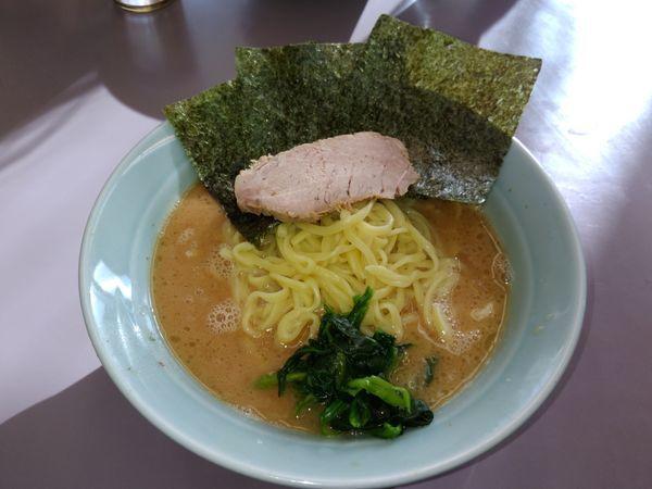 「ラーメン中盛り」@横浜ラーメン 武蔵家 武蔵境店の写真