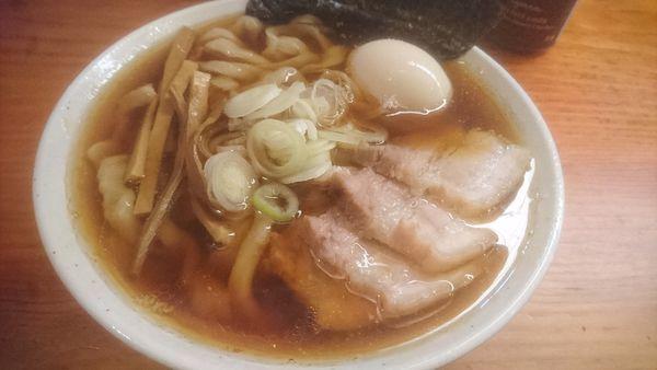 「【月曜限定】特製醤油らーめん」@純手打ち 麺と未来の写真