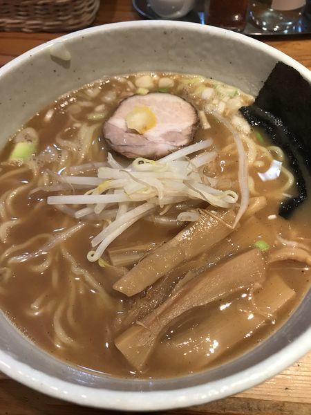 「中華そば、大盛り、サービスライス」@らーめん・つけ麺 我家の写真