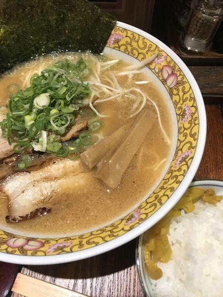 「ラーメン、2辛」@麺屋三代目 火華 中野総本店の写真