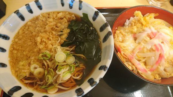 「ミニ玉子丼セット」@そば新 御茶ノ水店の写真