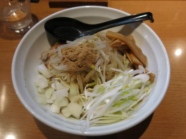 「まぜそば:700円」@麺屋 炙りの写真