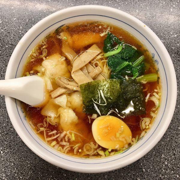 「海老ワンタン麺 900円」@龍巳飯店の写真