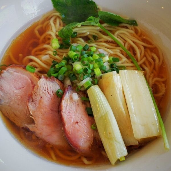 「【限定】鴨とレッドポアローの中華蕎麦 950円」@麺屋 天海の写真