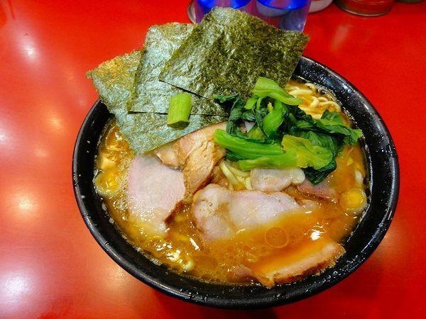 「大盛チャーシュー麺 1,030円 麺硬め」@家系総本山 吉村家の写真