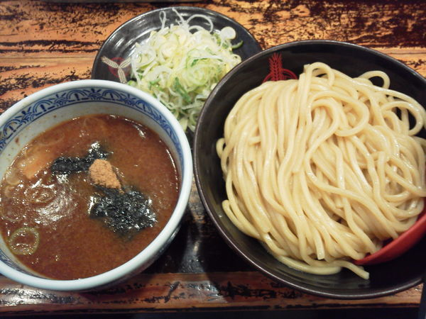 「つけ麺中760+ネギ50=810円」@つけ麺専門店 三田製麺所 池袋西口店の写真