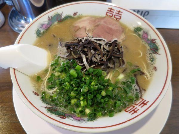「豚骨ラーメン 700円 ※こなおとし」@ラーメン池田の写真