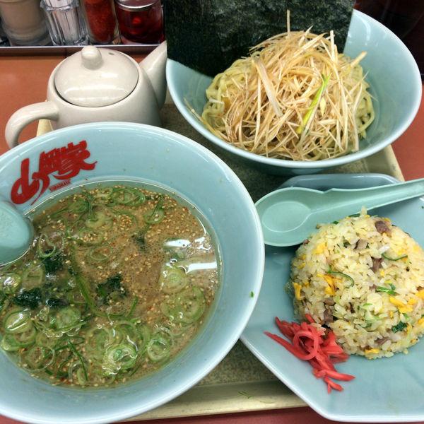 「醤油つけ麺 740円 味付ネギ チャーハン」@ラーメン 山岡家 高崎中尾店の写真