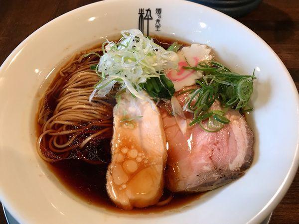 「丸鶏醤油らぁ麺  880円」@麺'S食堂 粋蓮の写真