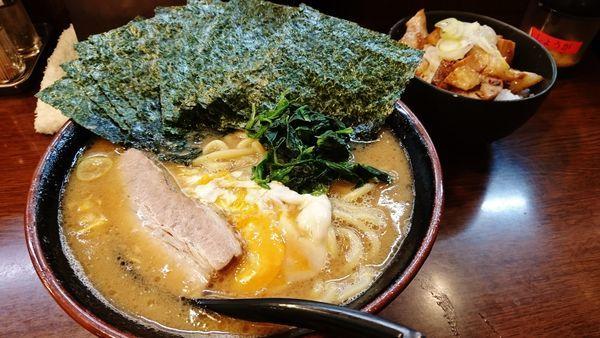 「とき卵へためしセット+大盛り+のり」@ラーメン 大山家 昭島店の写真