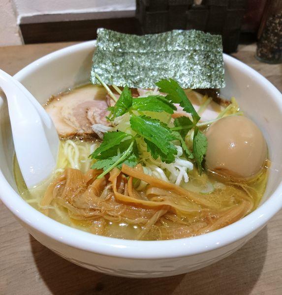「天草大王の鶏塩そば 味玉 大盛」@らーめん つけめん 和み屋の写真