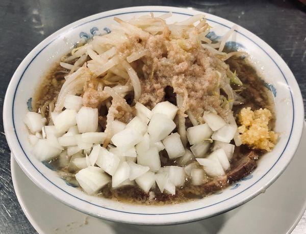 「塩ラーメン+タマネギ(アブラ他¥750)」@らーめん大 本郷店の写真
