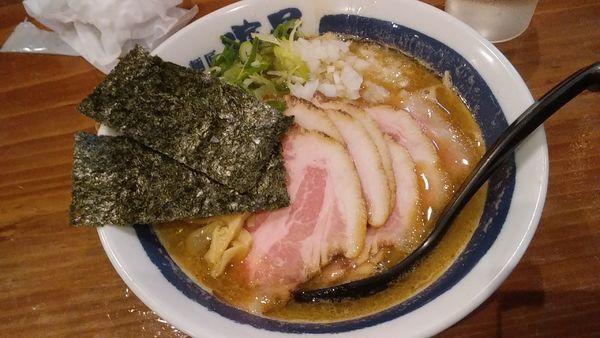 「チャーシュー濃厚煮干しそば¥980」@濃厚煮干しそば 麺匠 濱星 関内店の写真