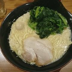 横浜家系ラーメン 壱角家 溜池山王店の写真