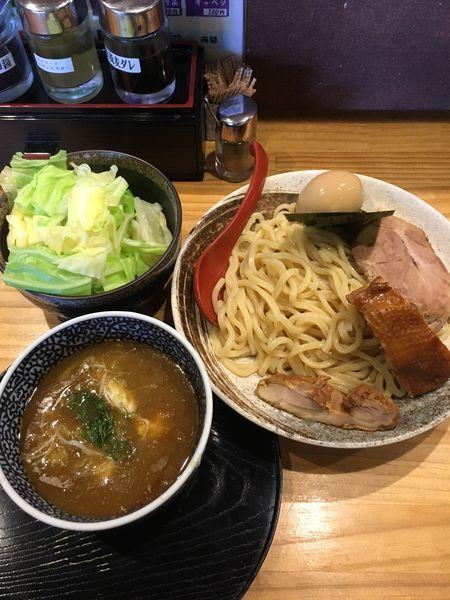 「特製つけ麺+キャベツ(1100円)」@中華蕎麦 つけ麺 五味五香の写真