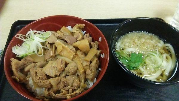 「パンチ丼セット 730円」@山田うどん食堂 五反田TOC店の写真