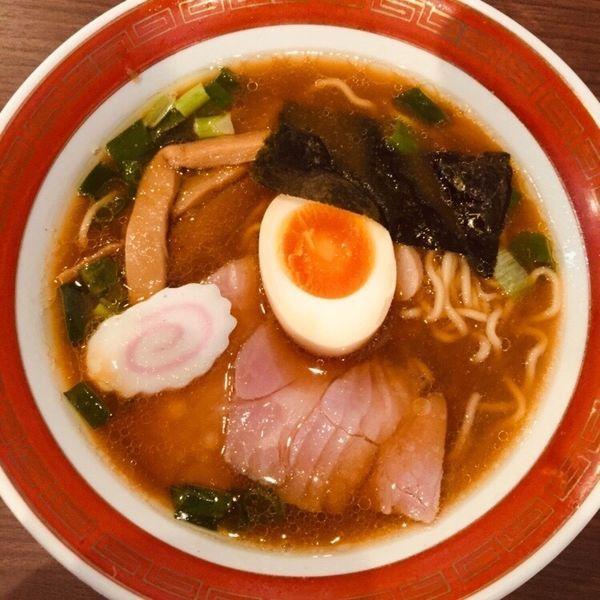 「ネオ中華そば 半麺 900」@拉麺 いさりび 京成大久保店の写真