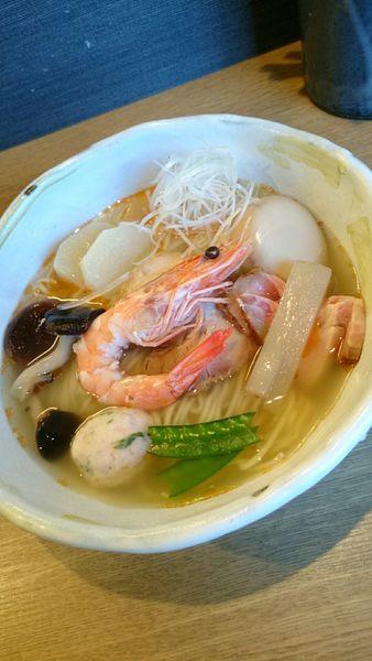 「海老で鯛釣って来たぜ塩そば   980円」@麺屋 椿丸の写真