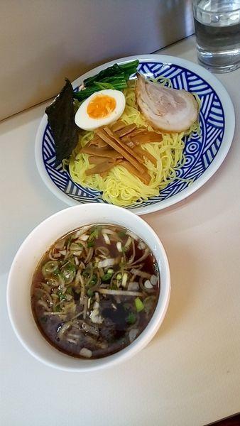 「つけ麺(中盛・油少なめ)550円」@中華料理 ひろしの写真