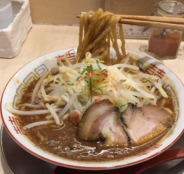 「TOKYO味噌らーめん870円(中盛)」@食堂 七彩の写真