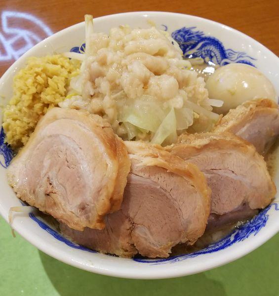 「豚玉ラーメン+豚増し」@ジャンクガレッジ 越谷レイクタウン店の写真