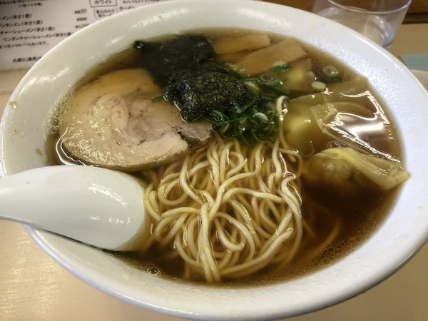 「醤油ワンタンメン」@支那そば 心麺の写真