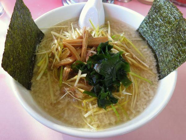 「ネギラーメン 750円 ※麺硬め・アブラ多め」@ラーメンショップ 間々田本店の写真
