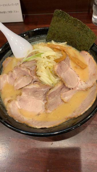 「おやじ麺+チャーシュー」@ラーメンおやじ 町田店の写真