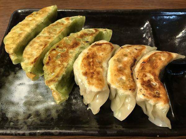 「相盛り餃子  421円」@一番五郎の写真