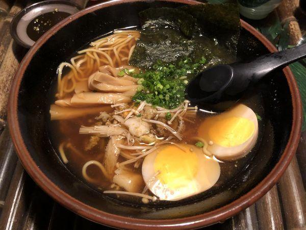 「ホタテラーメン+つまみ+芋焼酎」@魚ゼンゾウの写真