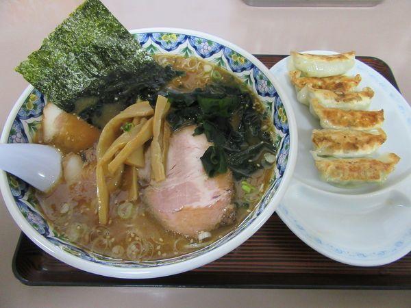 「味噌チャーシューメン(1150円)+餃子400円」@中華そば だいかつの写真