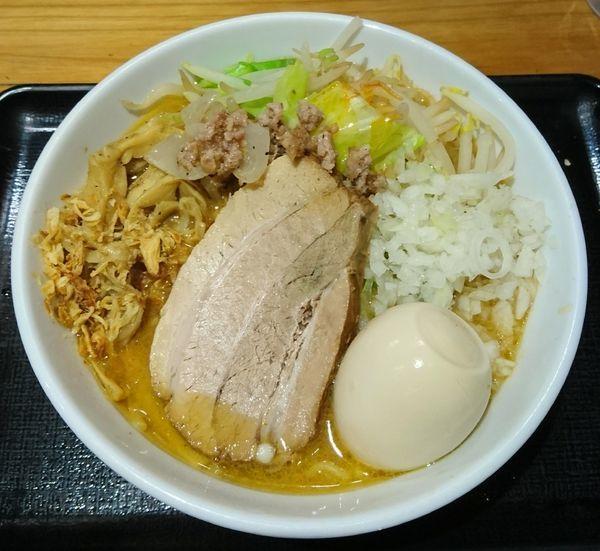「【限定】北海道みそラーメン+味玉」@つけめん・らーめん・煮干そば 金狼の写真