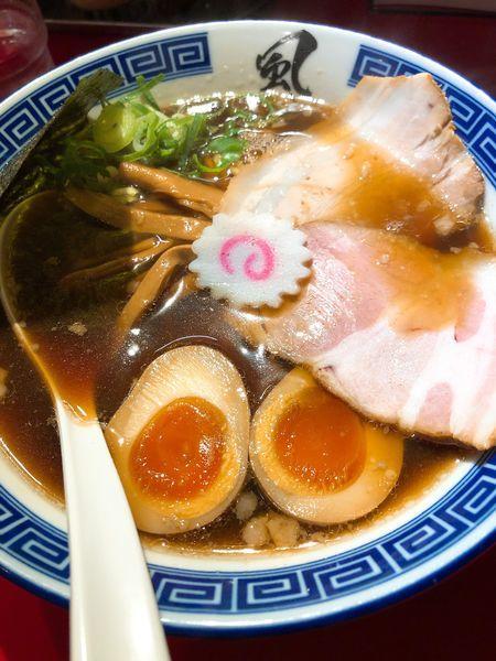 「醤油ラーメン ¥700+味玉 ¥100」@風は南からの写真