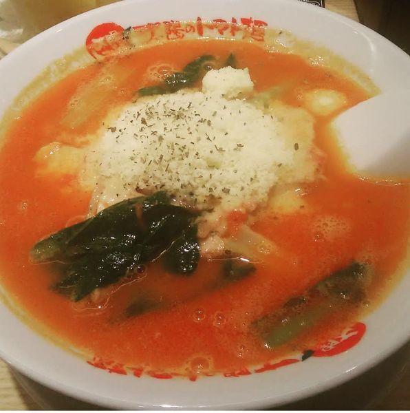「太陽のチーズラーメン」@太陽のトマト麺 秋津店の写真