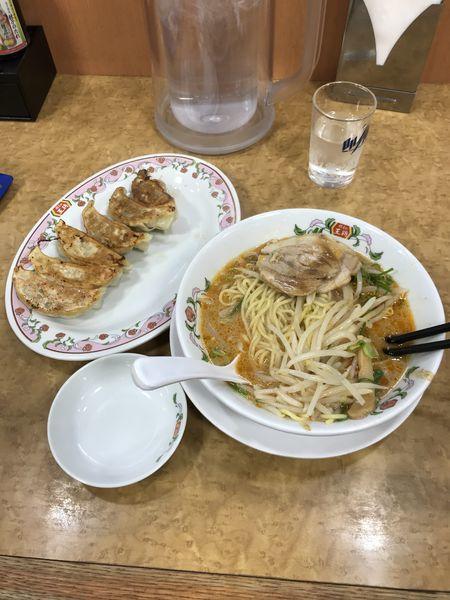 「王将ラーメン、餃子」@餃子の王将 東大成店の写真