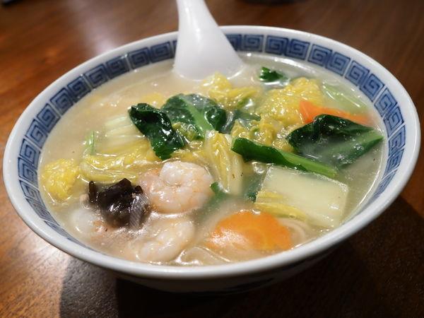 「海老麺 エビと野菜の塩味あんかけ汁そば」@中国家庭料理 MAOの写真