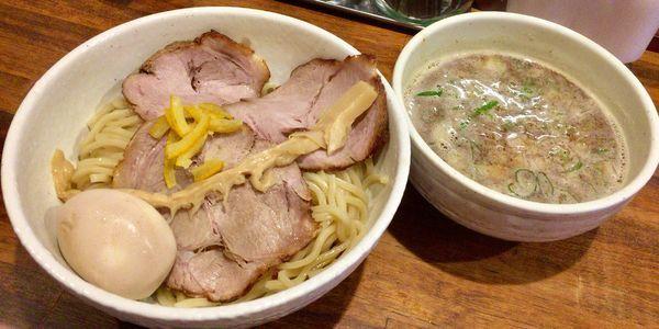 「魚介鶏豚骨つけ麺 大盛 with 味玉&チャーシュー増し」@らーめん 一護の写真
