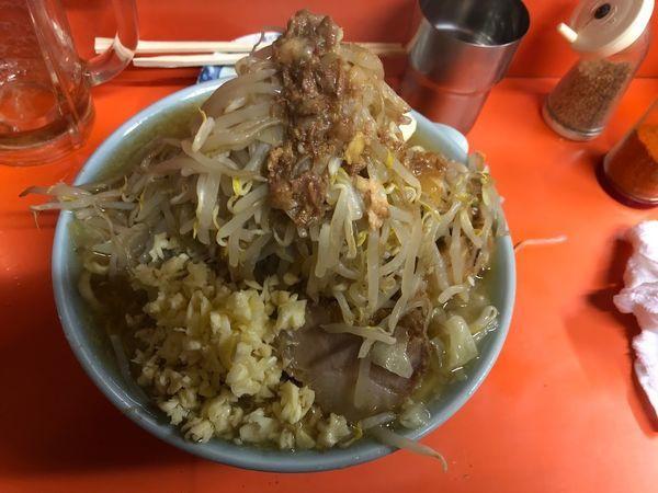 「富士丸ラーメン+野菜増し+あぶらまし」@ラーメン富士丸 神谷本店の写真